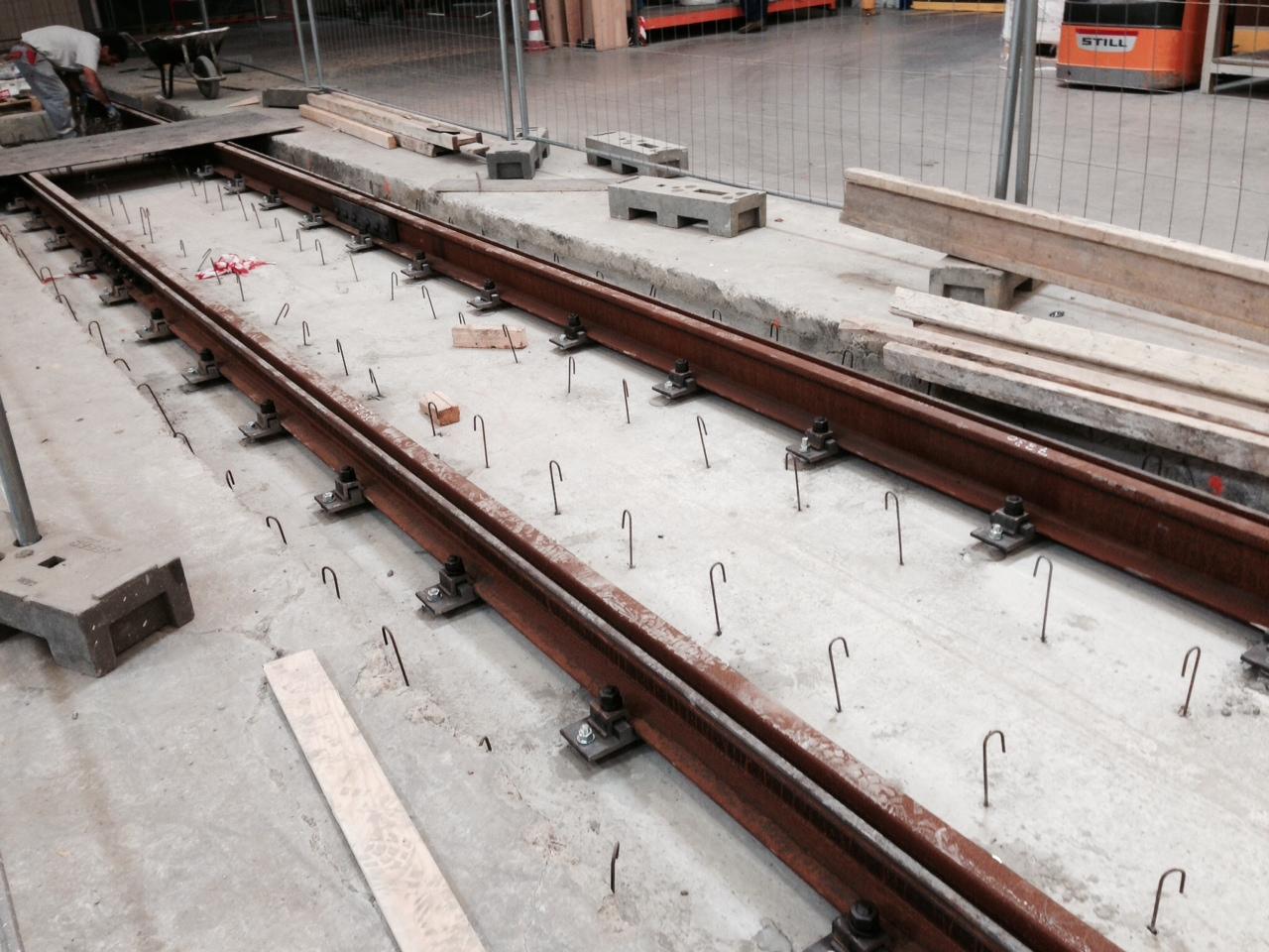 Fourniture et étude de rails a gorge
